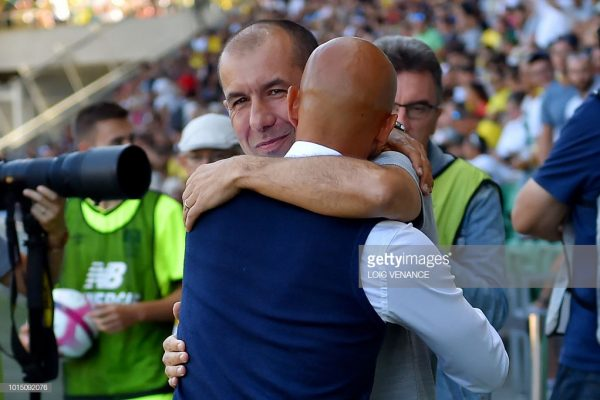 Nantes' Portuguese head coach Miguel Cardoso (R) hugs Monaco's Portuguese coach Leonardo Jardim prior to the French L1 football match Nantes vs Monaco at the La Beaujoire stadium in Nantes, western France, on August 11, 2018. (Photo by LOIC VENANCE / AFP)        (Photo credit should read LOIC VENANCE/AFP/Getty Images)