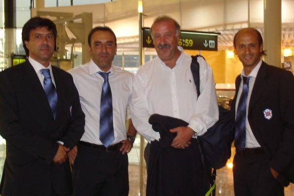 April 2008 - Travelling with Belenenses and crossing destinies with Vicente del Bosque, Spanish National Coach