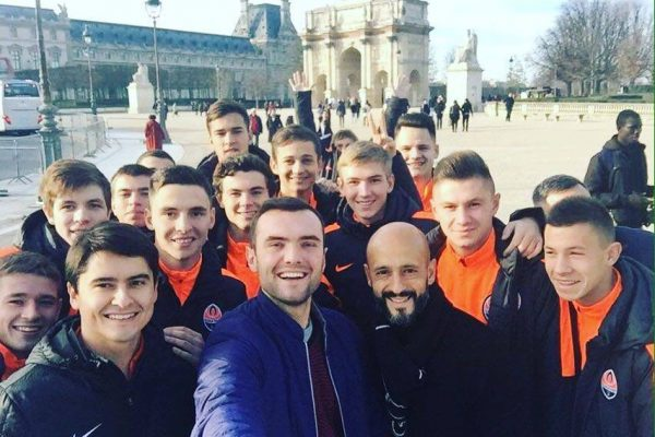 Walking in Paris before CL Game PSG X FCSD - With U19 Players - December 2015