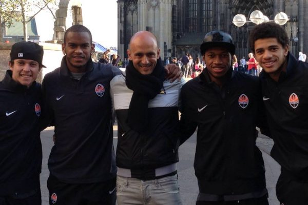 Youth Champions League game - Walking in Leverkussen with Bernard, Fernando, Fred and Tayson - November 2013